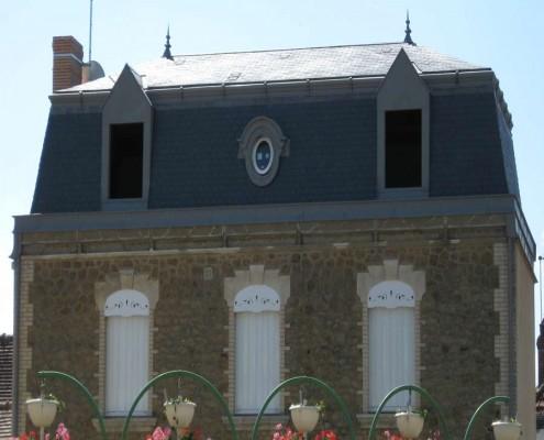 Maison avec comble à la Mansard - Glot Couverture